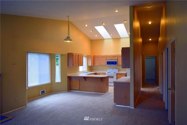 6230 Spring Street, Everett, WA 98203 (#1668348) :: Pickett Street Properties