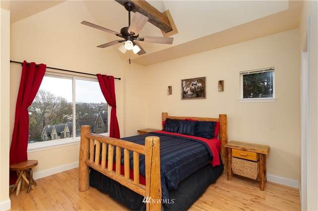 1563 Cherrylane Avenue S, Seattle, WA 98144 (#1689346) :: Mike & Sandi Nelson Real Estate