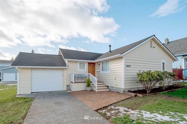 1309 16th Street, Anacortes, WA 98221 (#1735301) :: Keller Williams Western Realty