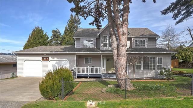 1018 31st Street, Renton, WA 98056 (#1738458) :: Canterwood Real Estate Team