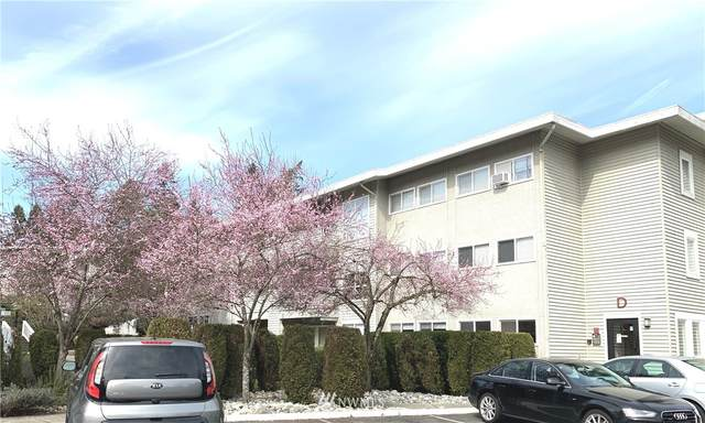 12701 NE 9th Place D105, Bellevue, WA 98005 (#1743280) :: McAuley Homes