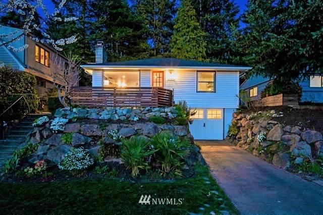 3250 31st Avenue W, Seattle, WA 98199 (#1757477) :: Costello Team