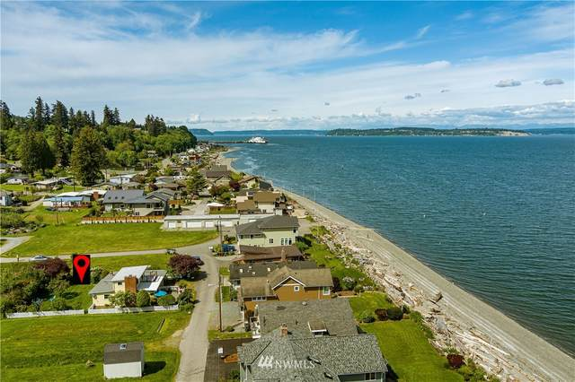 6878 Swanson Street, Clinton, WA 98236 (MLS #1769223) :: Community Real Estate Group