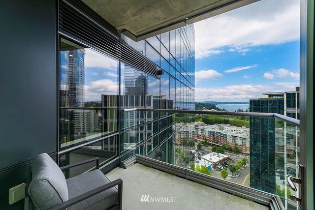 10700 NE 4th Street #2104, Bellevue, WA 98004 (#1774260) :: Icon Real Estate Group