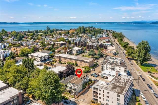 2717 60th Avenue SW D, Seattle, WA 98116 (#1790386) :: Lucas Pinto Real Estate Group