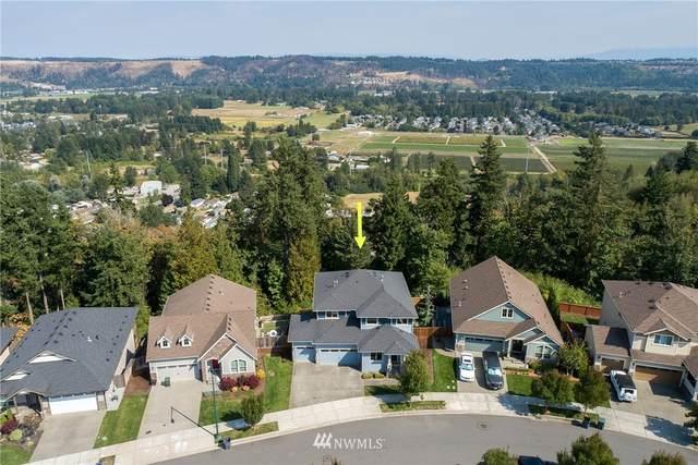 4015 Highlands Boulevard, Puyallup, WA 98372 (#1834266) :: Ben Kinney Real Estate Team