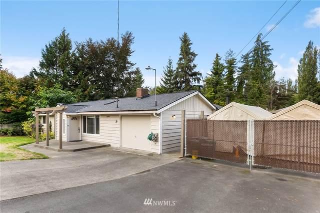 20361 75th Avenue NE, Kenmore, WA 98028 (#1851628) :: Ben Kinney Real Estate Team