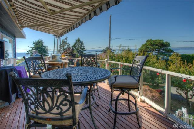 4150 Hillcrest Ave SW, Seattle, WA 98116 (#1228590) :: Homes on the Sound
