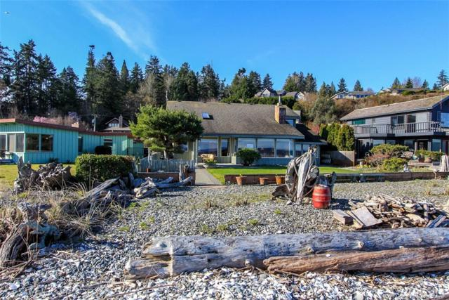 7738 NE Yeomalt Point Dr, Bainbridge Island, WA 98110 (#1260515) :: Real Estate Solutions Group