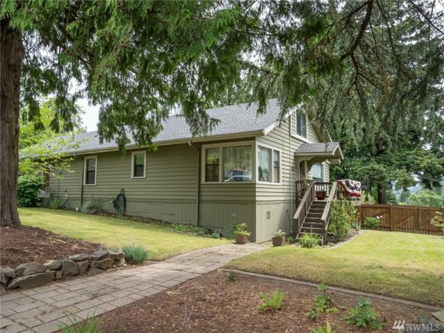 832 SW 4th Place, Renton, WA 98057 (#1302897) :: Real Estate Solutions Group