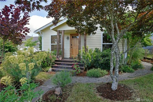 4712 25th Ave SW, Seattle, WA 98106 (#1310343) :: Real Estate Solutions Group