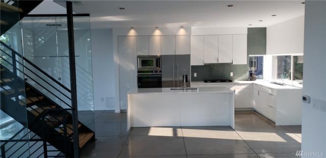3010 S Atlantic St, Seattle, WA 98144 (#1343874) :: The DiBello Real Estate Group