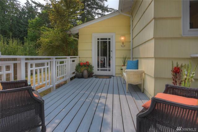 8635 Grand Ave NE, Bainbridge Island, WA 98110 (#1345996) :: Homes on the Sound