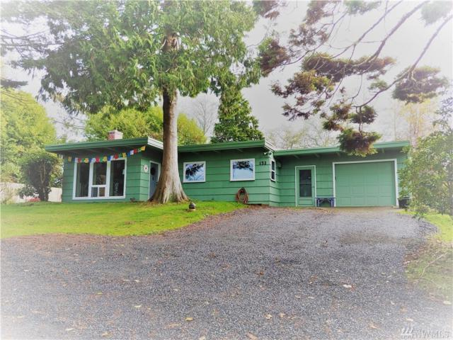 132 Provo St NE, Ilwaco, WA 98624 (#1380367) :: Crutcher Dennis - My Puget Sound Homes