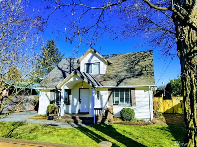 12514 25th Ave NE, Seattle, WA 98125 (#1389557) :: Real Estate Solutions Group