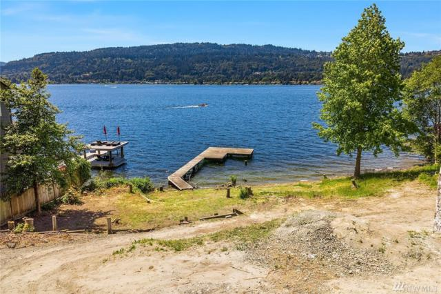3973 E Lake Sammamish Shore Lane SE, Sammamish, WA 98075 (#1392220) :: The Kendra Todd Group at Keller Williams
