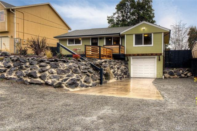 9438 6th Ave SW, Seattle, WA 98106 (#1392684) :: Kwasi Bowie and Associates