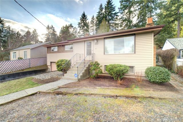 13509 25th Ave NE, Seattle, WA 98125 (#1405160) :: Homes on the Sound