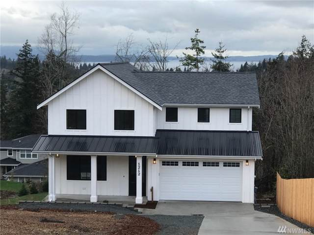 1212 Samish Wy, Bellingham, WA 98229 (#1411208) :: The Kendra Todd Group at Keller Williams