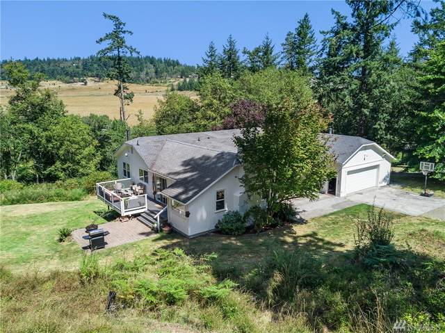 216 Halvorsen Rd, Friday Harbor, WA 98250 (#1501782) :: The Kendra Todd Group at Keller Williams