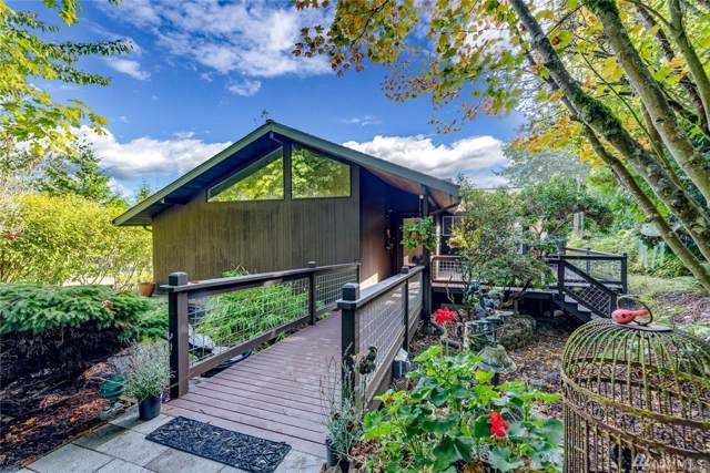 9236 Ferncliff Ave NE, Bainbridge Island, WA 98110 (#1522912) :: Real Estate Solutions Group