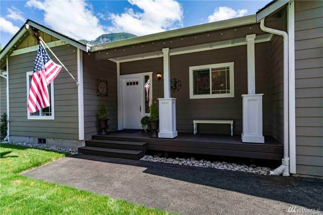 7418 N Fork Road SE, Snoqualmie, WA 98065 (#1588130) :: Hauer Home Team