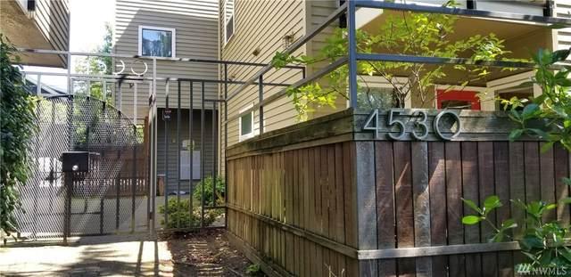 4530 Meridian Ave N S6, Seattle, WA 98103 (#1597737) :: Beach & Blvd Real Estate Group