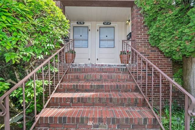 3230 40th Avenue SW, Seattle, WA 98116 (#1669613) :: Front Street Realty