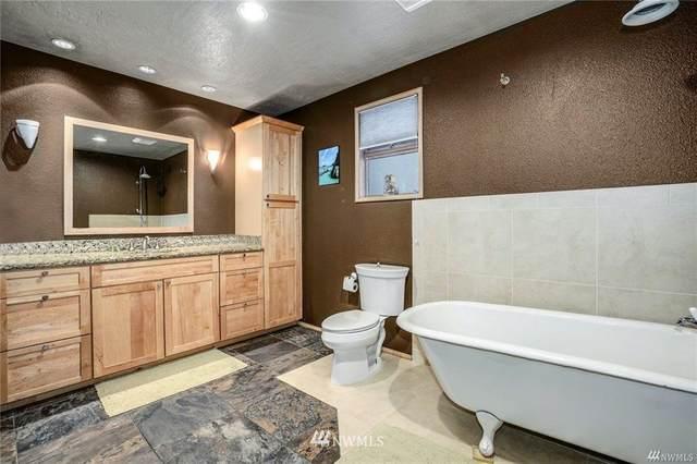 4014 32nd Avenue SW, Seattle, WA 98126 (#1689348) :: Better Properties Real Estate