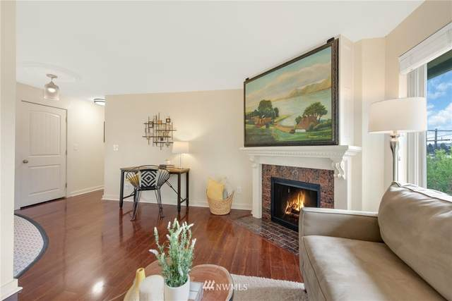 3903 Woodland Park Ave N #302, Seattle, WA 98103 (#1766046) :: Alchemy Real Estate