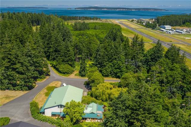 162 Aviator Drive, Orcas Island, WA 98245 (#1801664) :: Stan Giske