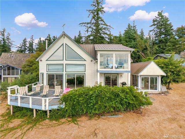 34 B Whidbey Island Dr, Hat Island, WA 98206 (#1495387) :: Real Estate Solutions Group