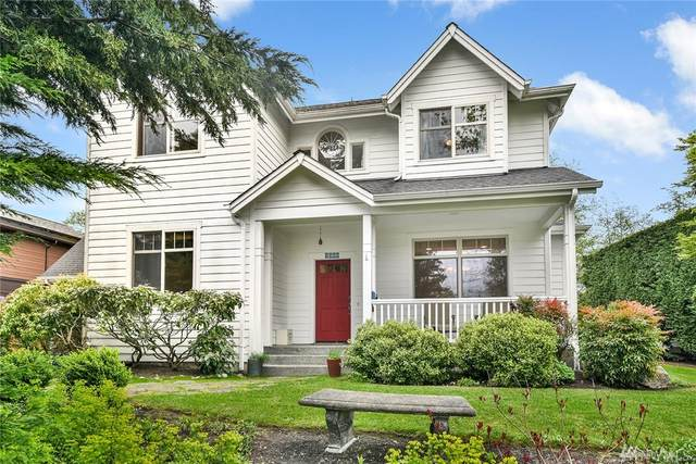 2000 Douglas Dr NE, Bainbridge Island, WA 98110 (#1593621) :: Better Properties Lacey