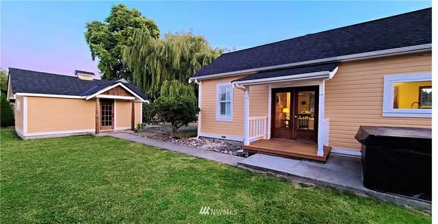 1517 Pioneer Highway, Stanwood, WA 98292 (#1790254) :: Lucas Pinto Real Estate Group