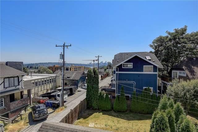 4028 Linden Avenue N B, Seattle, WA 98103 (#1791563) :: Urban Seattle Broker