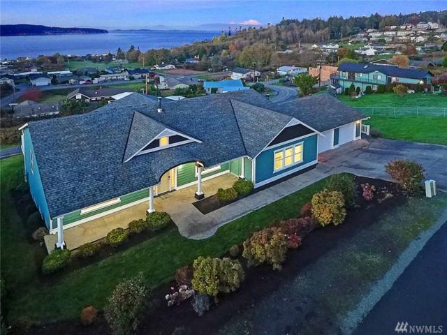 838 Gladstone Dr, Camano Island, WA 98282 (#1385515) :: Ben Kinney Real Estate Team