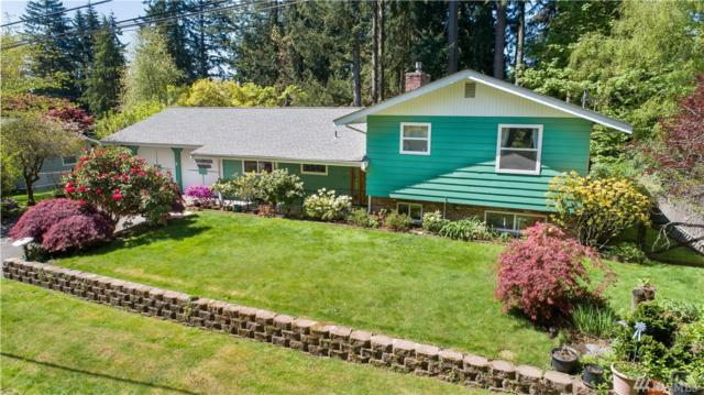 10415 130th Ave Ne, Kirkland, WA 98033 (#1449053) :: Real Estate Solutions Group
