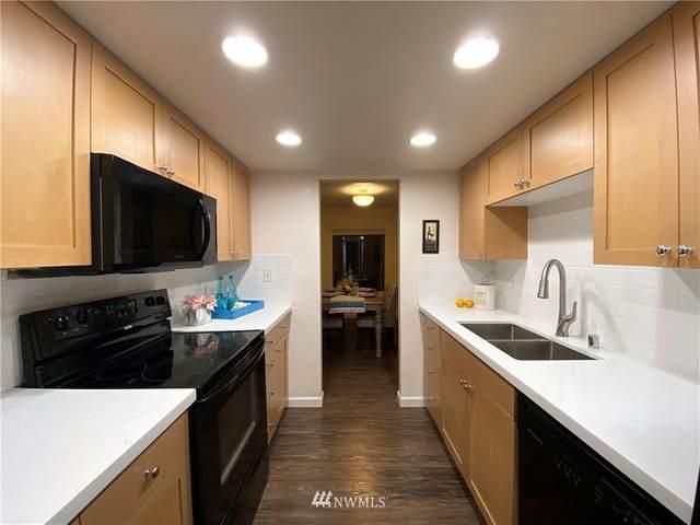 10418 NE 32nd Place C106, Bellevue, WA 98004 (#1651608) :: M4 Real Estate Group