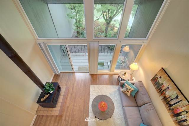 6260 139th Avenue NE #44, Redmond, WA 98052 (#1668339) :: McAuley Homes