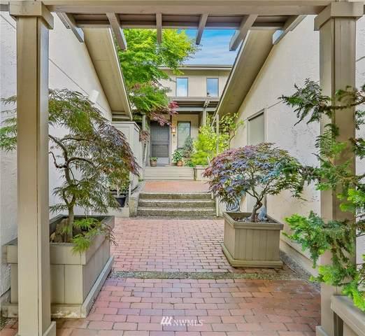 6546 Park Point Way NE, Seattle, WA 98115 (#1671765) :: Icon Real Estate Group