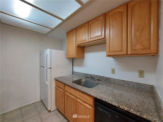 14665 NE 34th Street B24, Bellevue, WA 98007 (#1831674) :: The Kendra Todd Group at Keller Williams