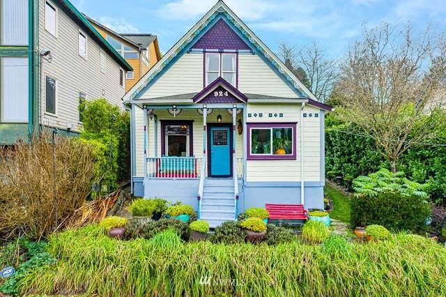924 Hiawatha Place S, Seattle, WA 98144 (#1724443) :: Canterwood Real Estate Team