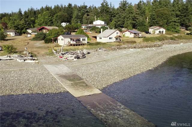 10 Beach Drive, Nordland, WA 98358 (#1508903) :: Priority One Realty Inc.
