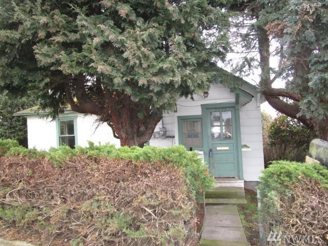 2095 Lawrence St, Port Townsend, WA 98368 (#1088532) :: Ben Kinney Real Estate Team