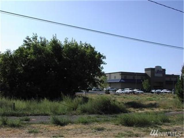 303 W Tacoma Ave, Ellensburg, WA 98926 (#1100358) :: The Vija Group - Keller Williams Realty