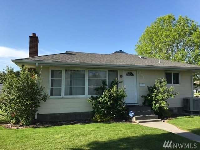 202 L St SE, Quincy, WA 98848 (#1120911) :: Ben Kinney Real Estate Team