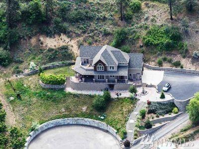 5245 Patrick Lane, Cashmere, WA 98815 (#1124927) :: Ben Kinney Real Estate Team