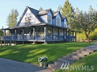 1990 Bear Creek Dewatto Rd NE, Belfair, WA 98528 (#1126480) :: Ben Kinney Real Estate Team