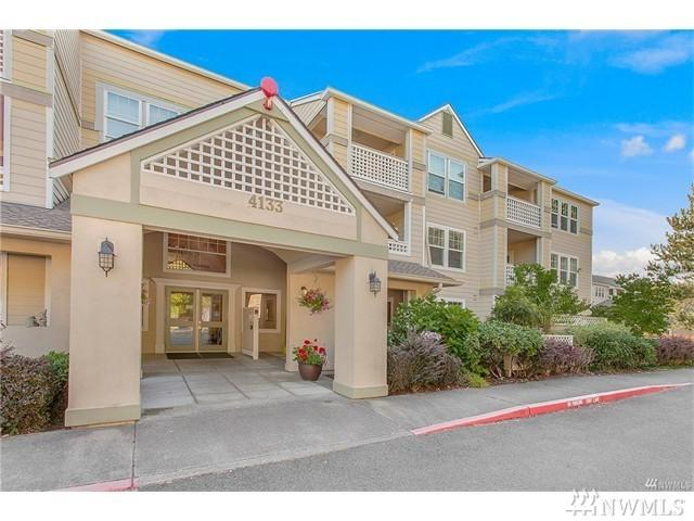 4133 224th Lane SE #306, Issaquah, WA 98029 (#1128136) :: Ben Kinney Real Estate Team