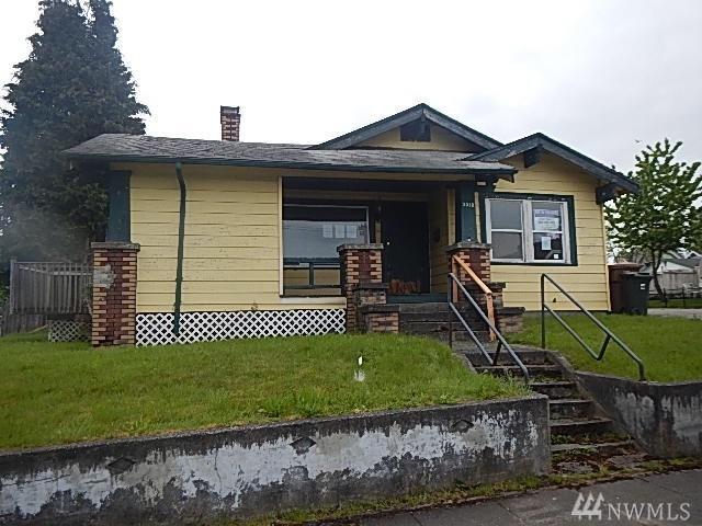 3515 E Roosevelt Ave, Tacoma, WA 98404 (#1129219) :: Ben Kinney Real Estate Team